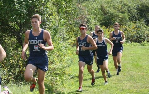 Boys Cross Country places 4th at Founders