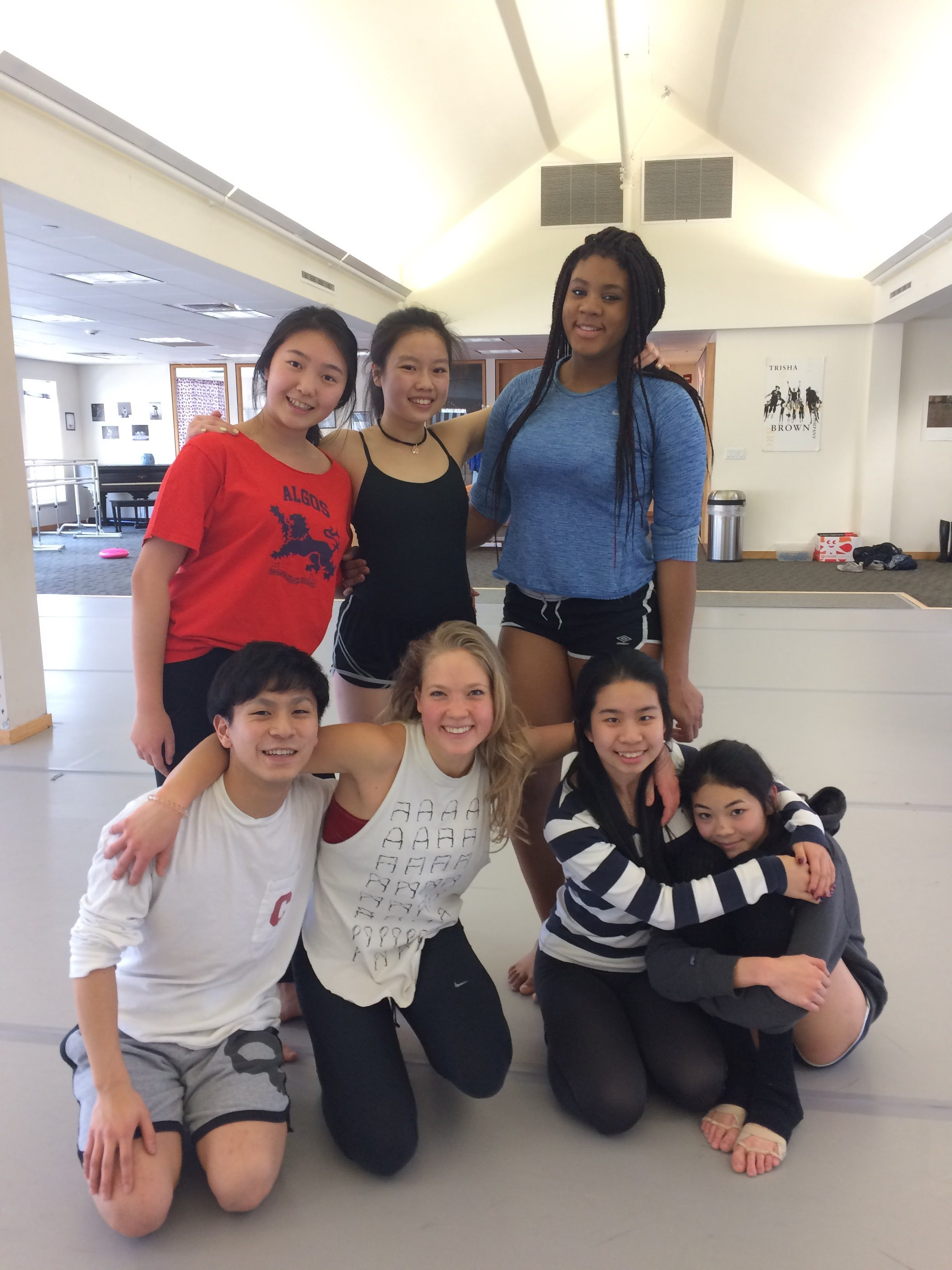 Sayer Mansfield and student dancers