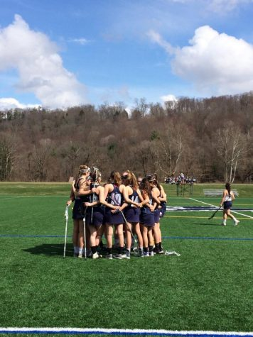 Girls Lacrosse Eeks Out Win Over Suffield