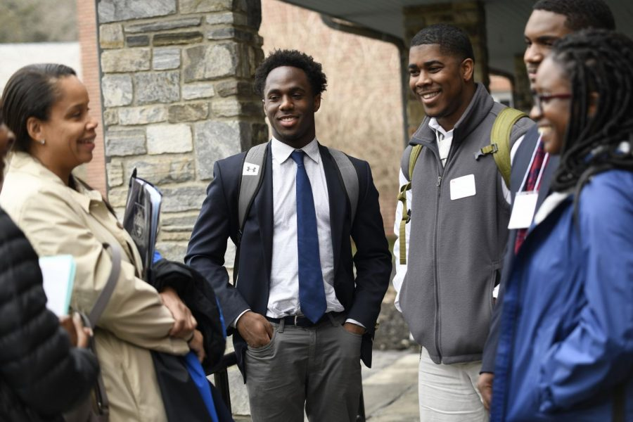 Revisit days show admitted students what Kent is all about