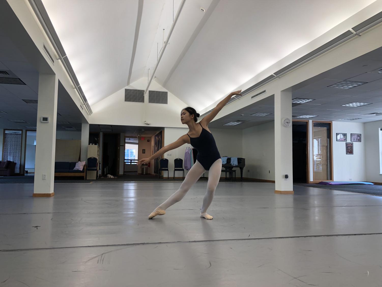 Sunny Li '21 practices