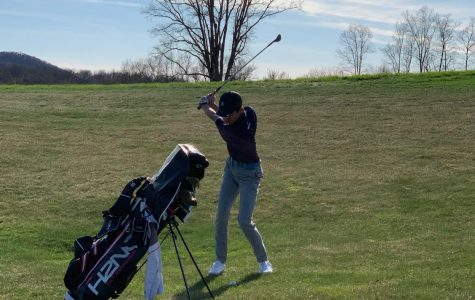 Varsity Golf Competes Against Canterbury and Millbrook