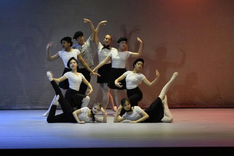 Kent Dance Performs a Stunning Fall Recital